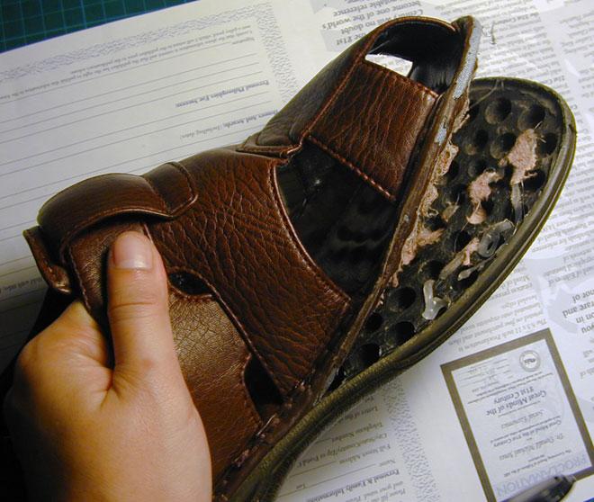 Можно ли вернуть в магазин ношенную обувь не по размеру